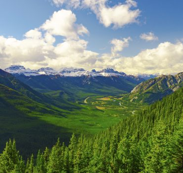 Epic Canadian Rocky Mountain Range Valley Forest
